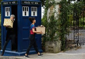 doctor-who-knock-knock-promo-pics-5